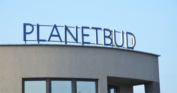Litery przestrzenne na budynek Planetbud_02