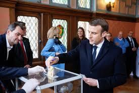 skrzynka pocztowa urna przezroczysta wybory korespondencyjne