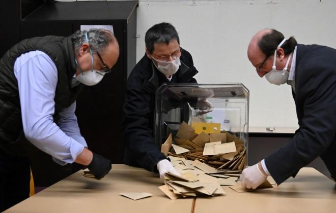 wybory korespondencyjne urna wyborcza pis covid-19